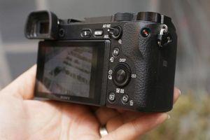 Chọn máy ảnh kỹ thuật số chụp ảnh đẹp cả trong điều kiện ánh sáng yếu