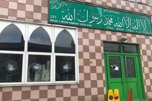 5 nhà thờ Hồi giáo ở Anh thành mục tiêu phá hoại và gây rối