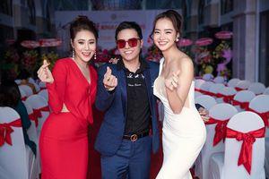 Hoa hậu Kiều Ngân 'đọ sắc' cùng Hồ Bích Trâm tại sự kiện