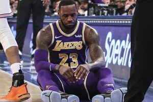 LeBron James hết cửa tham dự playoffs, Lakers thất thủ trước Nets