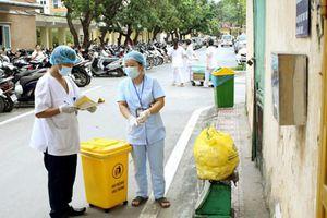 Hà Nội phấn đấu đến 2025 xử lý triệt để chất thải y tế nguy hại tại các cơ sở y tế