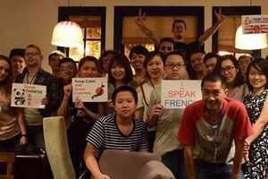 'Vương quốc ngôn ngữ' thứ tiếng gì cũng có giữa lòng Sài Gòn