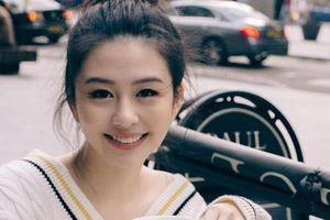 Con gái 'biểu tượng gợi cảm Hong Kong' được khen đẹp không kém mẹ