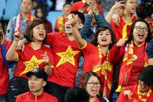 Hàng vạn người hâm mộ tiếp lửa U23 Việt Nam ở sân Mỹ Đình