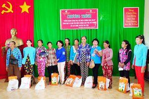 An Giang: Trao tặng 200 suất quà 'Đồng hành cùng phụ nữ biên cương'