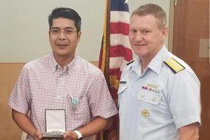 Hai người gốc Việt được tuần duyên Mỹ vinh danh