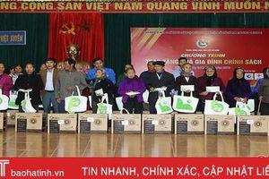 Cán bộ Đoàn tiêu biểu toàn quốc hoạt động tình nguyện tại xã Việt Xuyên