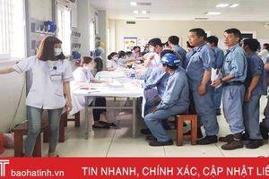 Khám sức khỏe cho 700 công nhân Khu Kinh tế Vũng Áng