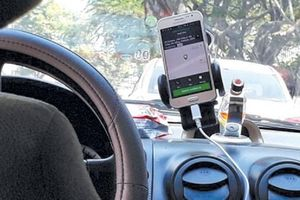 Vì sao Hiệp hội Taxi Đà Nẵng quyết khởi kiện Grab?
