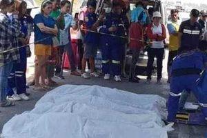 CLIP: Giây phút xe tải ủi bay xe khách xuống sông khiến 5 người Việt thiệt mạng