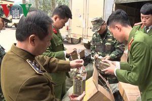 Lạng Sơn: Bắt giữ hơn 3 tấn hàng hóa tiêu dùng nhập lậu