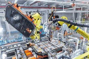 Sau bê bối gian lận khí thải Volkswagen lập liên minh mới