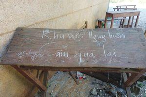 Trường THPT Lý Sơn (Quảng Ngãi) bị xuống cấp: Vừa dạy, học... vừa 'run'