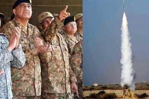 Pakistan đồng loạt triển khai tên lửa và UCAV đến sát Ấn