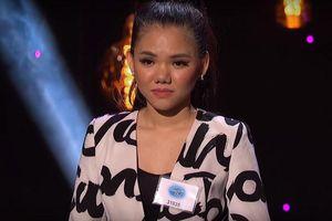 Minh Như xuất sắc vượt vòng 2 American Idol dù nhiều ý kiến chê lối hát