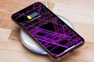 iPhone 2019 có thể sạc không dây ngược giống smartphone Samsung