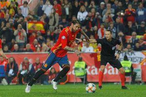 UEFA bầu Ramos là cầu thủ số 1 ở cấp ĐTQG