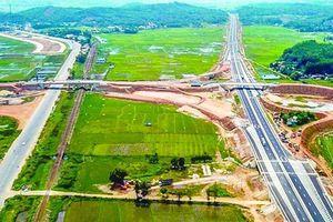 Vì sao hai dự án cao tốc lớn xin gia hạn về đích?