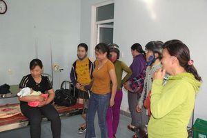 Quảng Trị: Phát hiện bé trai sơ sinh bị bỏ rơi bên suối