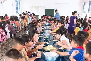 Nỗi lo an toàn vệ sinh thực phẩm trong trường học