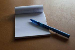 Táo bón kinh niên vì bút bi chắn ngang ruột