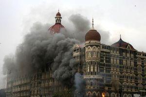 'Khách sạn Mumbai' tái hiện chân thực vụ khủng bố đẫm máu tại Ấn Độ