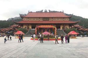 Sáng nay, Quảng Ninh họp báo vụ 'vong báo oán' ở chùa Ba Vàng