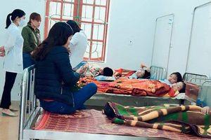 Hà Tĩnh: Gần 30 người bị ngộ độc sau khi đi ăn giỗ