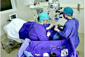 Viêm loét giác mạc để lại nhiều di chứng cho mắt