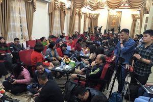 Tạm đình chỉ tất cả các chức vụ trong Giáo hội Phật giáo Việt Nam đối với trụ trì chùa Ba Vàng