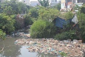 Suối Linh ô nhiễm nặng