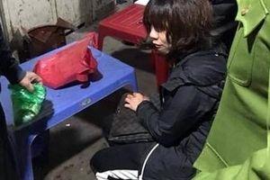 Nổ súng cướp tiền của người phụ nữ kinh doanh tại chợ Long Biên