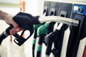 Nhiều cửa hàng báo hết xăng, Bộ khẳng định không thiếu