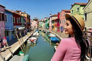 Dạo nhanh hòn đảo đa sắc màu - 'thiên đường sống ảo' ngoài khơi Venice