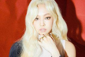 Màu tóc mới của Jennie bị người hâm mộ chê kém xinh