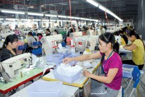 Giúp lao động ổn định công việc ngay tại địa phương