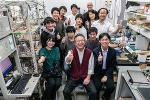 Nhà khoa học Việt chế tạo pin không cháy nổ có tuổi thọ 50 năm