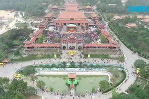 Từ chuyện chùa Ba Vàng nghĩ đến tín ngưỡng 'vô minh'