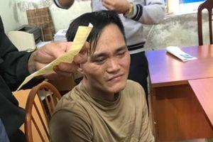 Hà Nội: Khởi tố, bắt giam thanh niên đập kính Lexus 570 trộm tiền