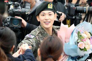 Im Siwan xuất ngũ, K-net: Từng bị Seungri lôi kéo, diễn viên giỏi và mong có 'Misaeng 2'