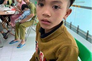 Cậu bé 13 tuổi đạp xe 100km vượt 15 con dốc xuống Hà Nội thăm em