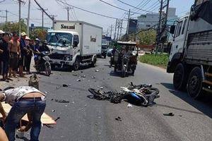 TP.HCM: Tai nạn liên tiếp khiến 3 người chết, cô gái trẻ ngất xỉu bên thi thể cha trên đường đi làm