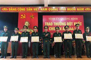 Tỉnh ủy Quảng Bình khen thưởng vụ bắt giữ 110.000 viên ma túy