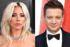 Hậu hủy hôn, Lady Gaga hẹn hò với ngôi sao 'Avengers' Jeremy Renner?