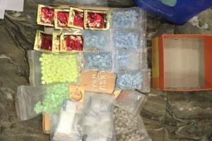 Hưng Yên: Bắt giữ 4 đối tượng chuyên cung cấp ma túy cho quán karaoke