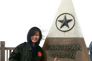 Cột mốc Fansipan và loạt địa danh nổi tiếng Việt Nam từng bị vẽ bậy