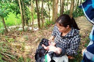 Bé gái còn nguyên dây rốn bị bỏ lại ở đồi keo được người dân xin nhận nuôi