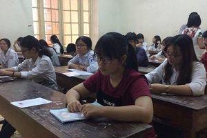 Nhận định đề thi, đáp án môn Tiếng Anh thi thử THPT Quốc gia tại Hà Nội