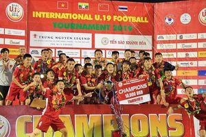 Tiếp tục thắng Thái Lan, U19 Việt Nam lên ngôi vô địch