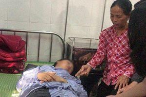 Bản tường trình của nữ sinh tham gia lột đồ, đánh bạn nhập viện: Có 3 người chỉ đứng xem không can